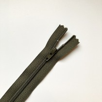 fermeture zippée kaki 20cm
